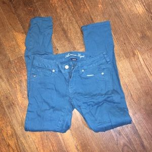 American Eagle blue colored skinny jeans